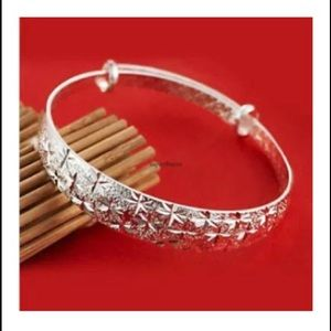 Gorgeous Sterling Bangle